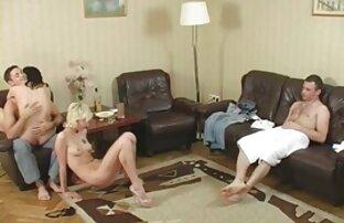 الفتيات النحيفات مقاطع سكس اجنبي التحميل تمتص الديوك الكبيرة.