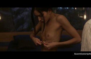 رجلان يمارس الجنس مع سكس اجنبي تنزيل الفتاتين.