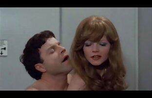 امرأة ناضجة مارس الجنس في الحمار. افلام اجنبية تنزيل سكس