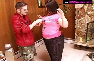 مثالها تنزيل سكس اجنبي أزواج ثدييها وينتشر ساقيها.